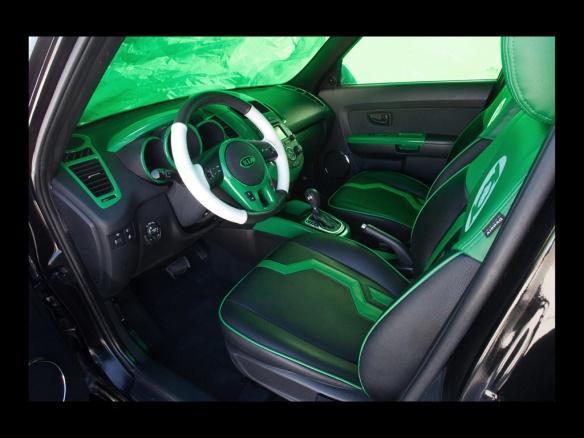 2012-Kia-Green-Lantern-Soul-Interior-1-1024x768