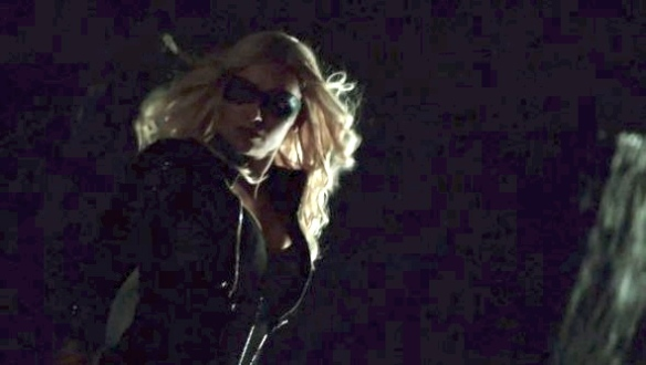 Caity-Lotz-in-Arrow-590x334