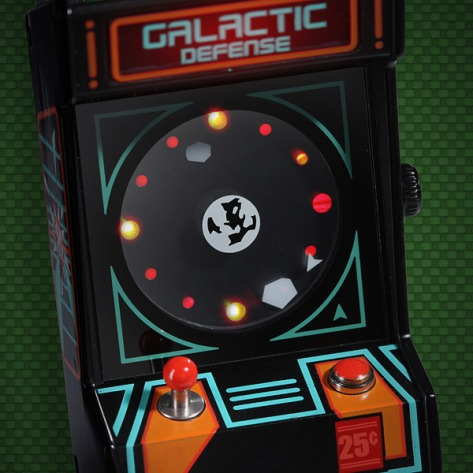 153f_classic_arcade_wrist_watch_detail