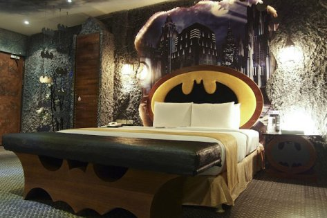 batman-room-004-125300